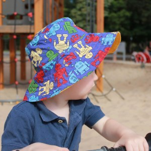 diy bucket hat - life on wallace