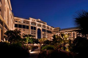 Palazzo Versace Dubai hotel exterior