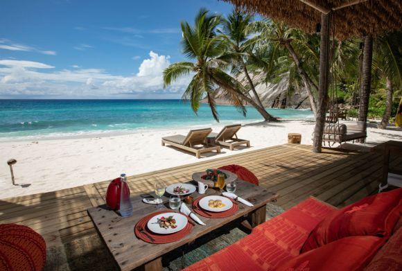 The World's Most Exclusive Beach In Seychelles__12