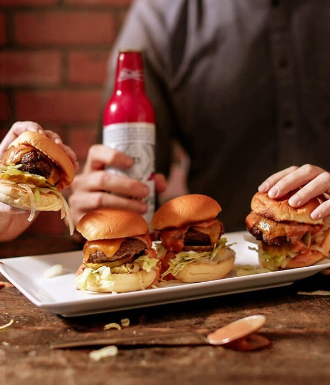 Bud Burger Sliders-Budweiser.LoRes