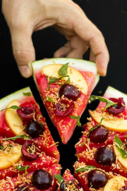 Healthy-Vegan-Watermelon-Pizza-Dessert-4