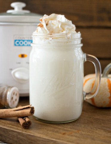 pumpkin-spice-white-hot-chocolate-3