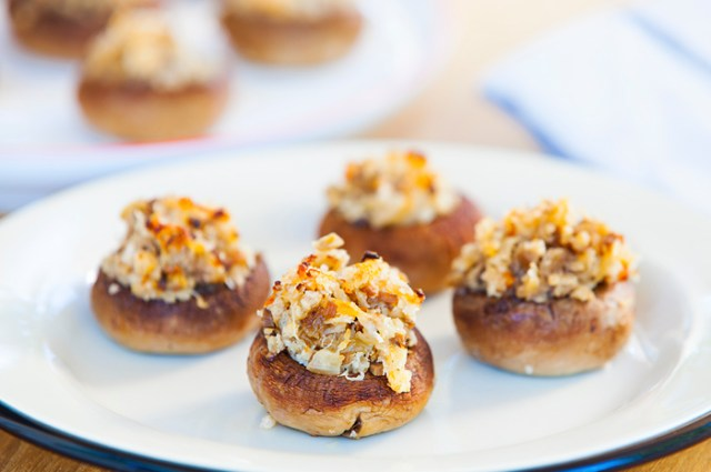 recipe_sea_salt_cracked_pepper_stuffed_mushrooms