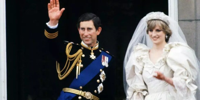 ダイアナ妃 チャールズ皇太子 結婚