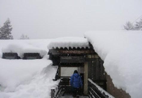 雪の飛騨の里