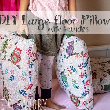 Giant floor pillows DIY