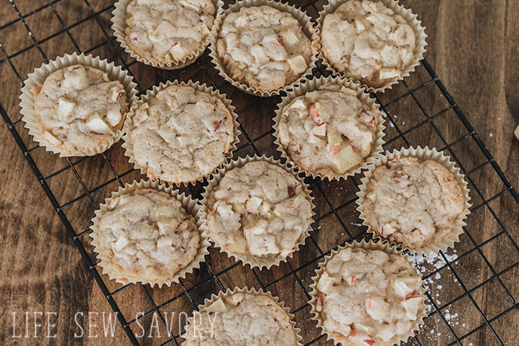 fresh out of the oven, apple spice cupcakes