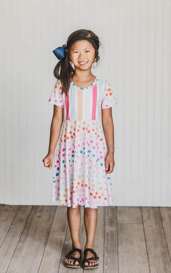 Girls t-shirt dress - Free sewing pattern