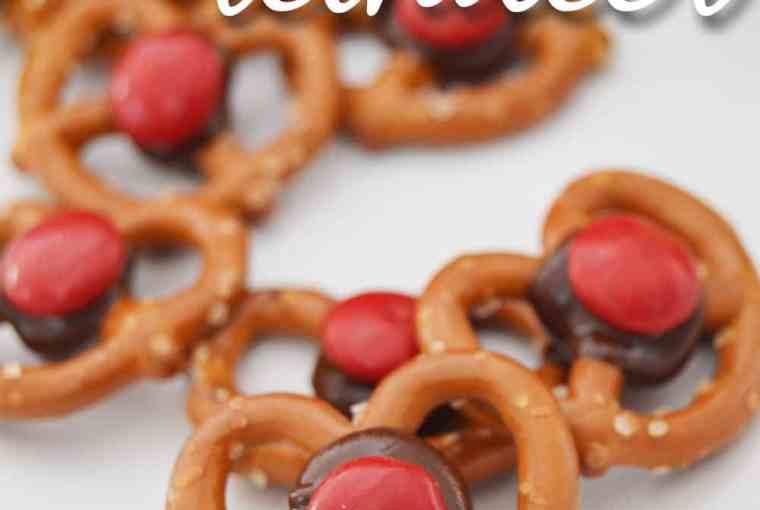 pretzel-reindeer