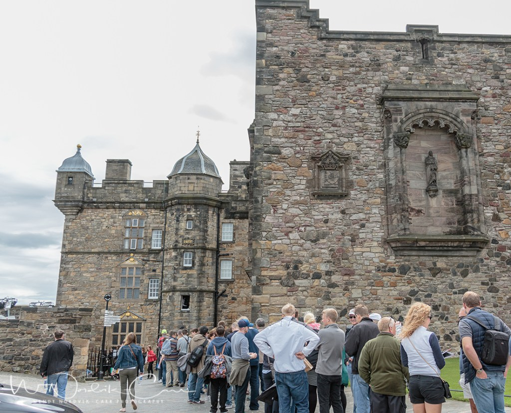 Top things to do at Edinburgh Castle -Discover things to do in medieval Edinburgh. Explore Old Town and New Town along with the many museums, monument, memorials and galleries of this historic city. Photo Credit: Wendy Nordvik-Carr