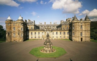 Discover the rich history of famous Scottish Royals at Holyrood Palace. Plan your visit to majestic Holyroodhouse Palace in Edinburgh, Scotland. Photo Credit - Royal Collection Trust / © Her Majesty Queen Elizabeth II 2018