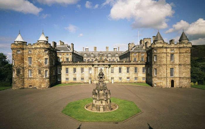 Plan your visit to majestic Holyroodhouse Palace in Edinburgh, Scotland. Photo Credit - Royal Collection Trust / © Her Majesty Queen Elizabeth II 2018