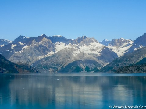 Discover the breathtaking scenery of Alaska wilderness. Explore top things to do while in port.