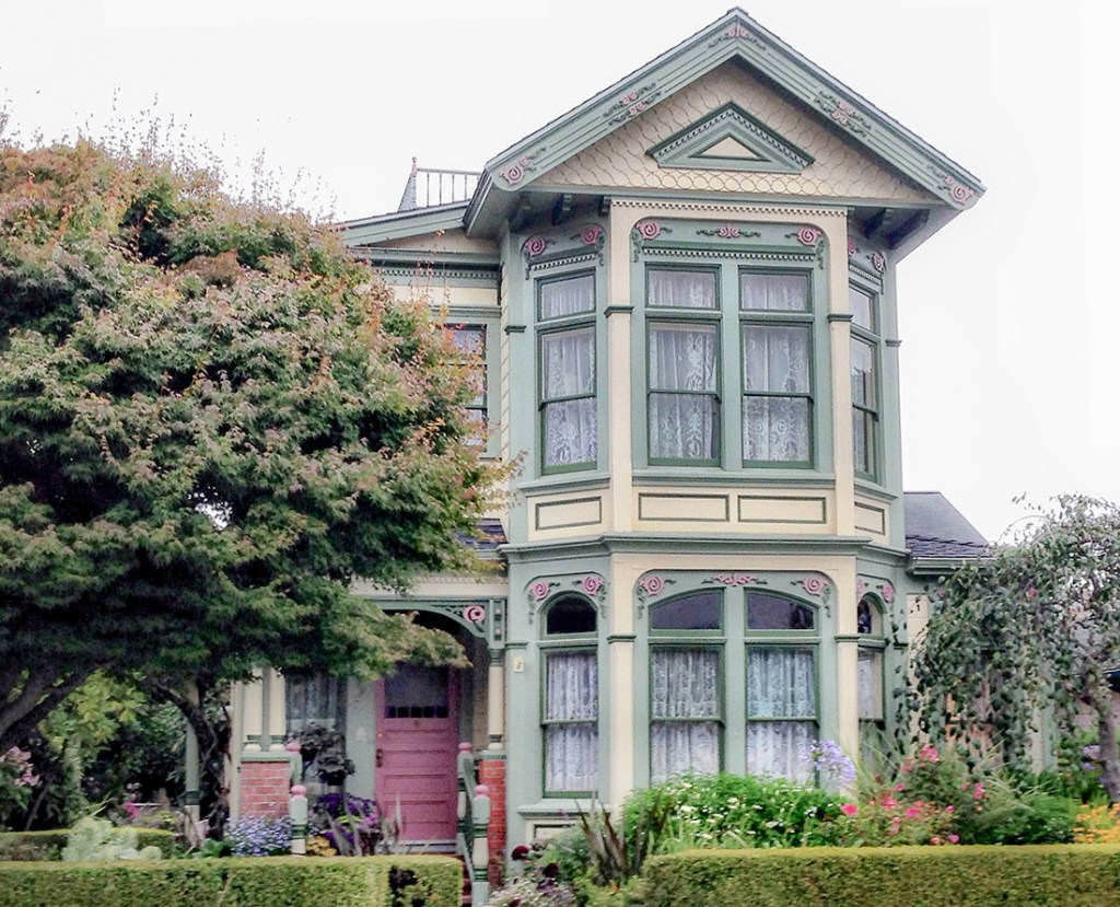 Victorian Houses in Ferndale, California Explore dozens of Victorian homes in historic Ferndale, California. Photo Credit: Wendy Nordvik-Carr