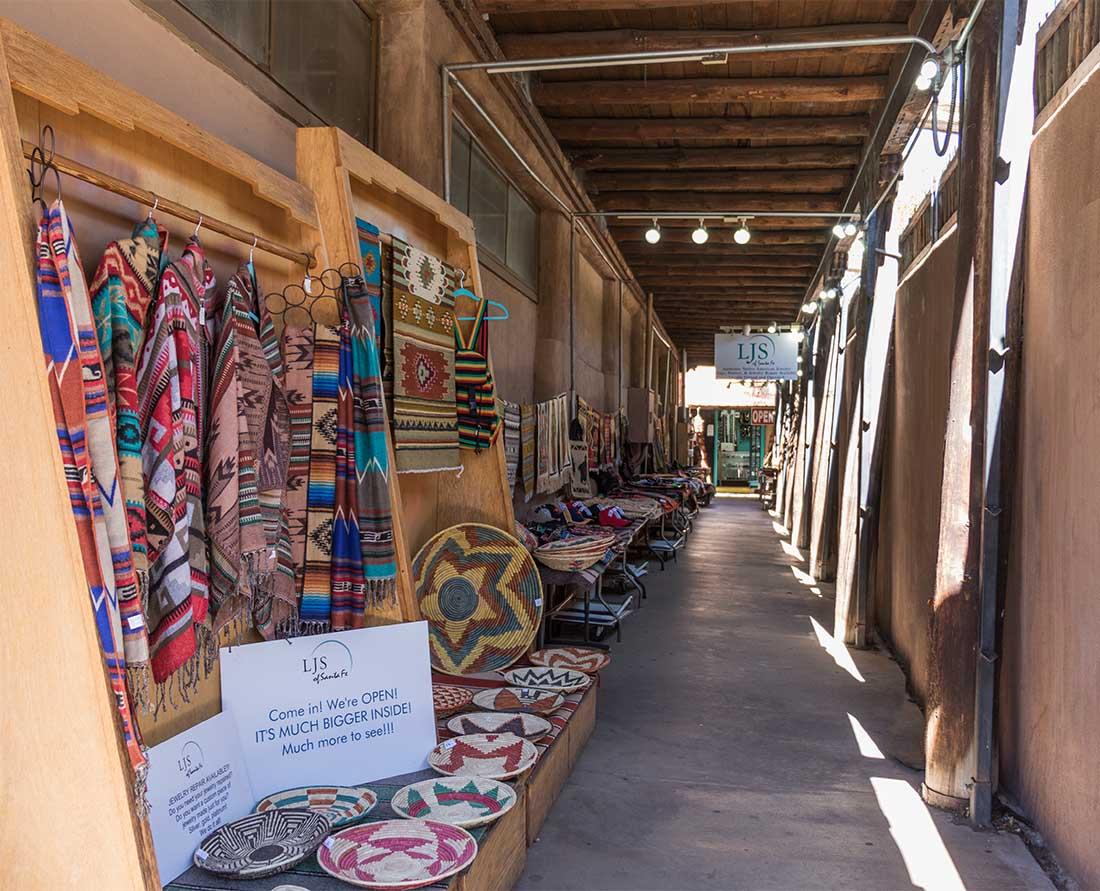 Markets in Santa Fe - Southwestern artisans sell their wares at the historic Santa Fe Plaza. Photo credit: Wendy Nordvik-Carr©