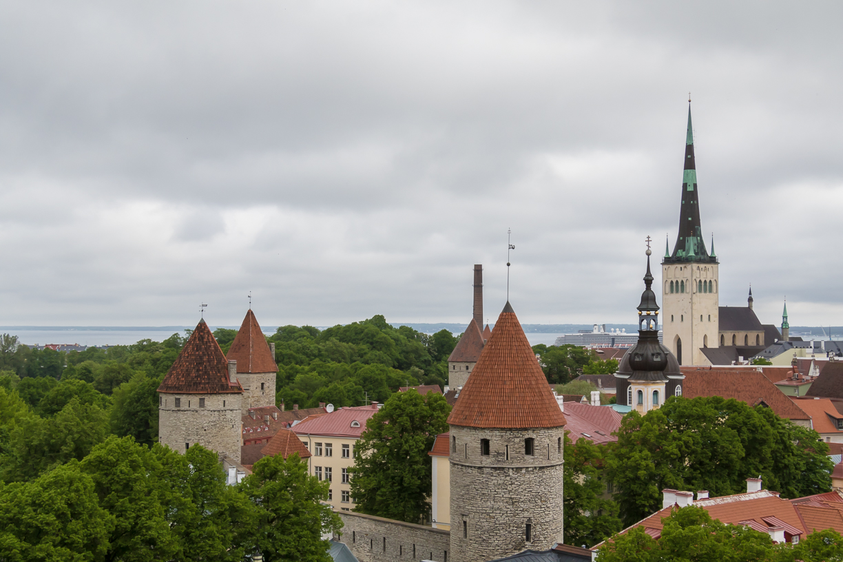 top things to do in old town tallinn life 39 s incredible. Black Bedroom Furniture Sets. Home Design Ideas