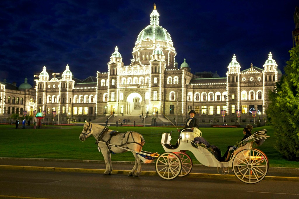 Best things to do in Victoria - BC Legislative Buildings at night.