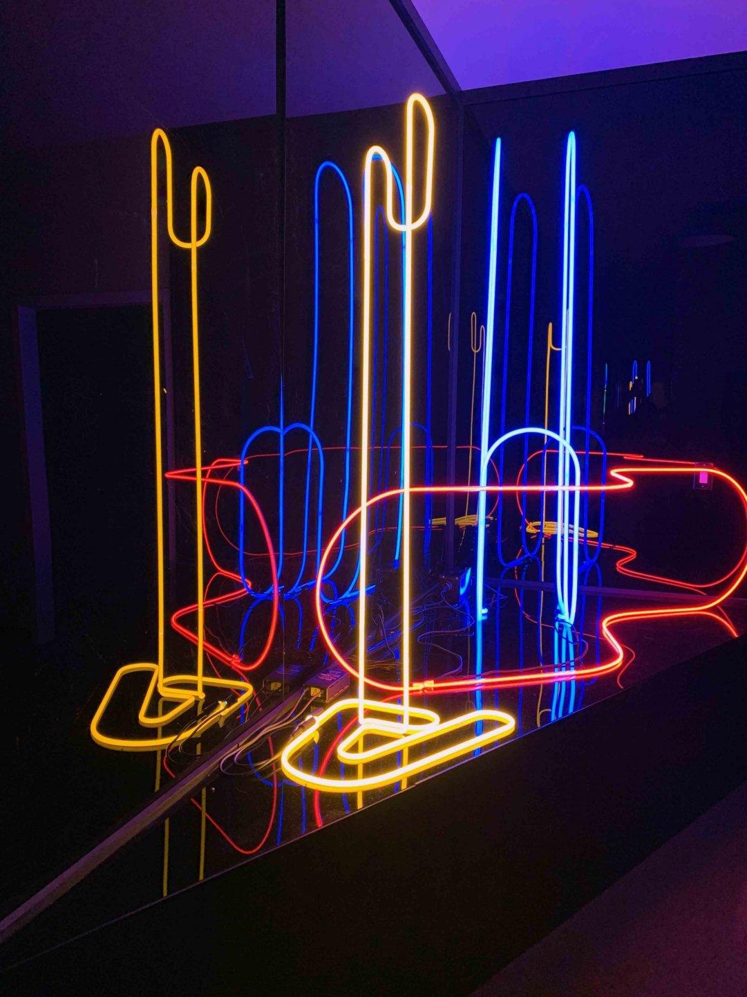 Glass artist Kelsey Fernkopf's Red Wave, Big Blue Doodle - 2019