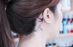 tatuaggi piccoli femminili rondine