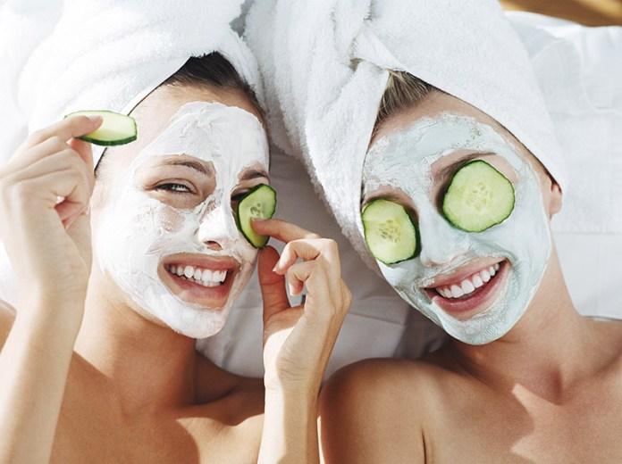 La pulizia del viso