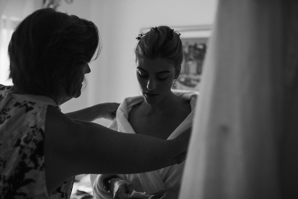 Bride getting ready on her wedding day in Hvar