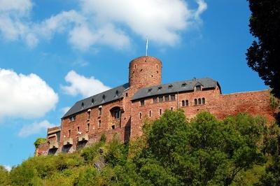 Burg Hengebach in der Eifel