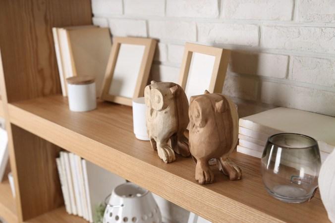 Holzschnitzerei Bilderrahmen Regal