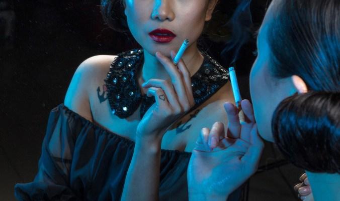 Rauchen Frau Modetrend