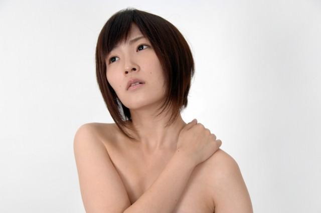 肩関節周囲炎いわゆる五十肩の原因と簡単に治す5つの方法