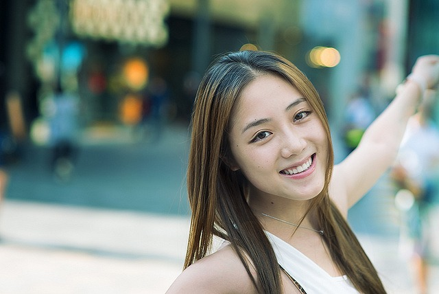 自宅で簡単にできる顔の歪みを整えて美人に変身する6ステップ