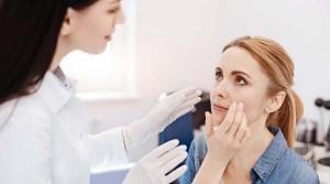 Apa Sih Bedanya Dokter Kecantikan dan Dokter Kulit?