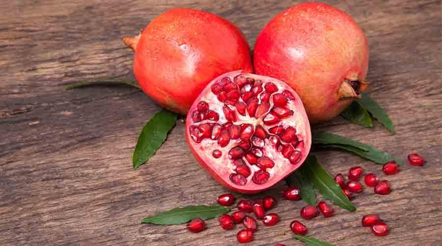 manfaat buah delima untuk jerawat
