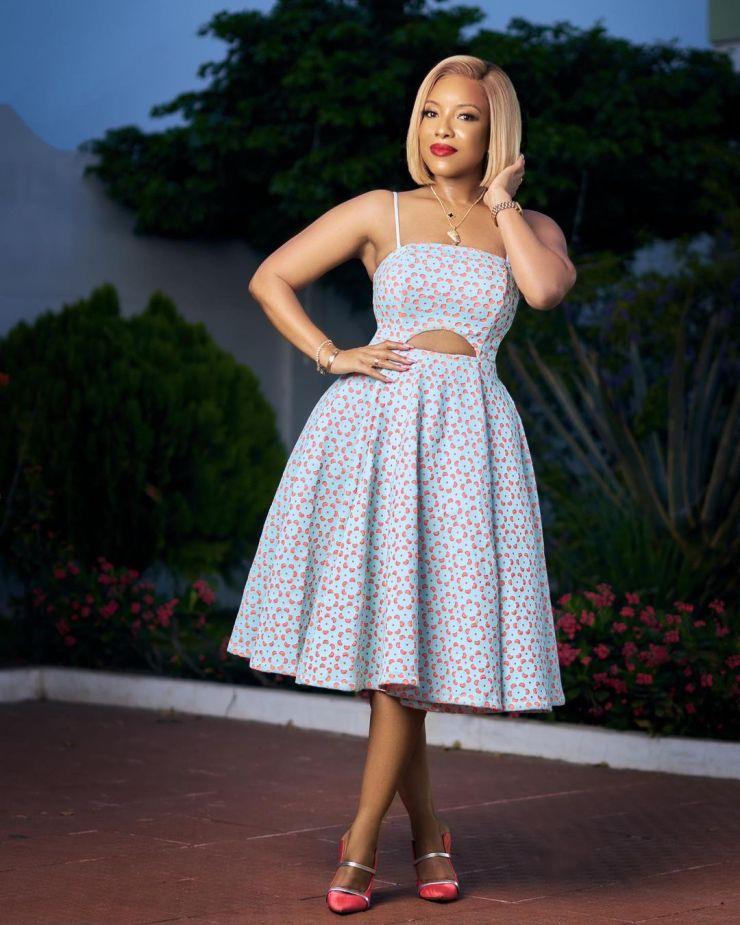 Josely Dumas: Look Gorgeous In Turquoise And Pink