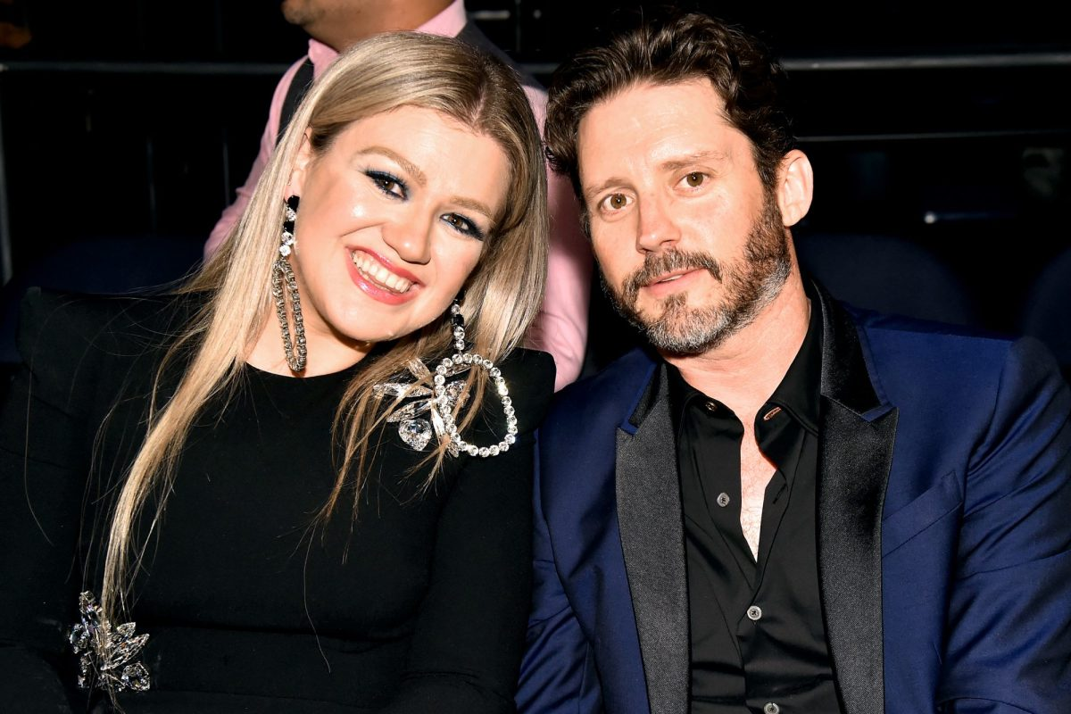 Kelly Clarkson To Pay Ex-husband Brandon Blackstock Almost $200,000 A Month In Spousal And Child Support