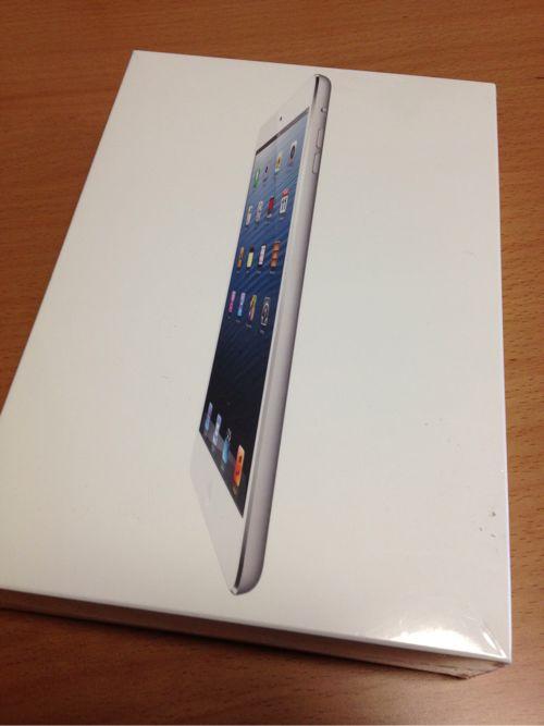 買ってもうた!iPad mini16GBホワイトが軽くてちょうど良いサイズで楽しい件