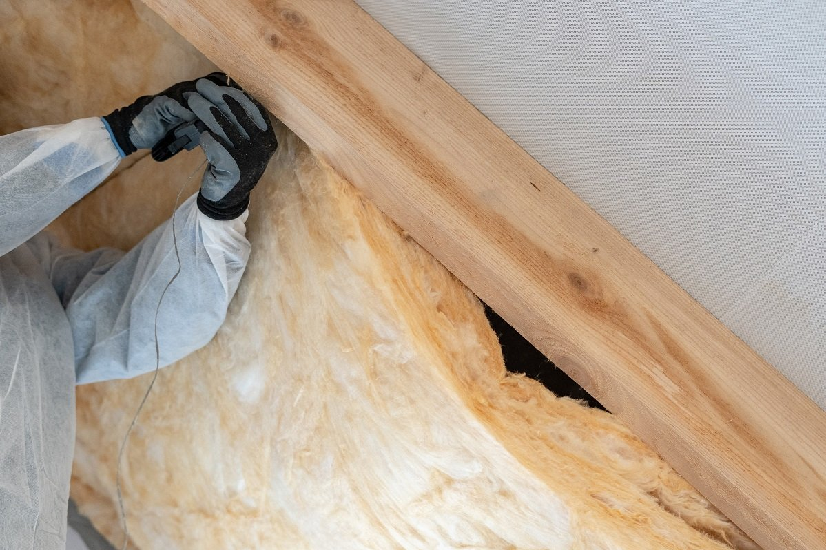 Is Installing Fiberglass Insulation a Do-it-Yourself Project?