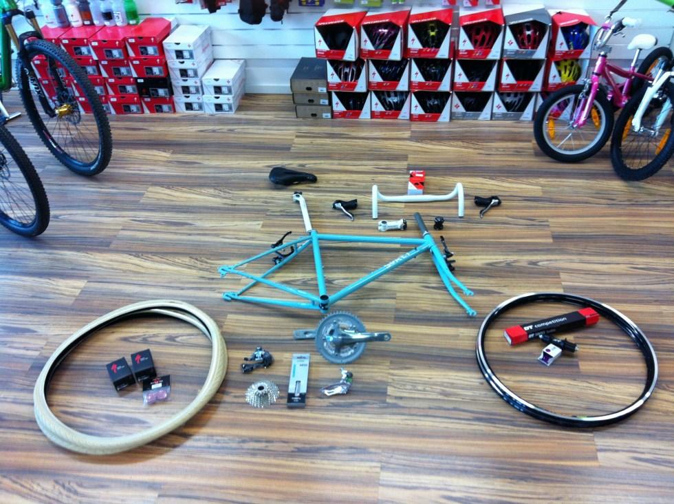 Custom Aufbau Lifestyle Cycles Dornach Arlesheim Schweiz Surly