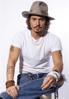 Johnny-Depp-in-white-T-shirt-and-jeans