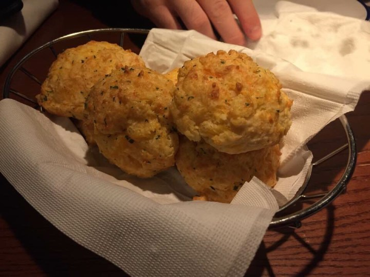 Eating Cheddar Bay Biscuits at Red Lobster!