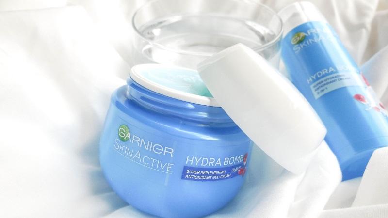 Garnier Skin Active Hydra Bomb