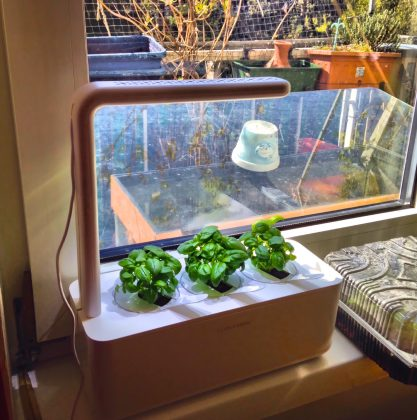 Click and Grow Indoor Garten Smart Garden
