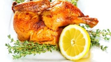 Pollo al limone al forno: tenero dentro