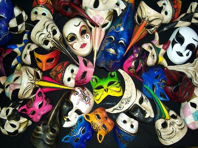 Carnevale in Italia: le città famose, il significato della festa, tradizioni ed eventi