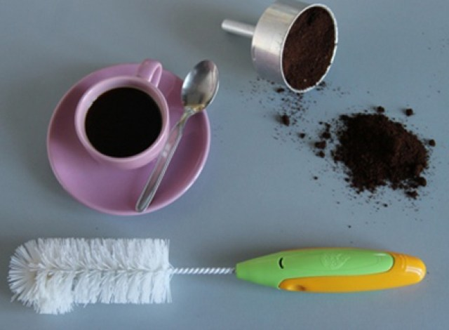 riciclo-fondi-di-caffé-pulizia-casa