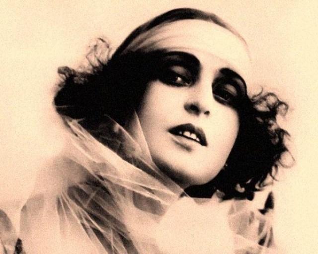 Theda Bara-attrice-vamp