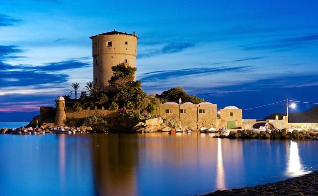 Torre di Campese Isola del Giglio