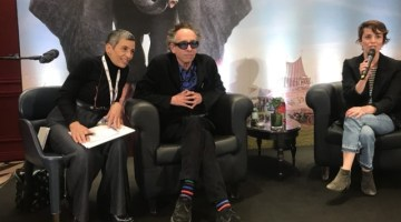 """Tim Burton: ci racconta in conferenza stampa il suo """"Dumbo"""""""