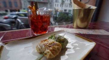 Dove mangiare a Milano: da Filz gli spiedini e i cocktails son di casa