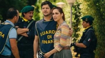 Metti la Nonna in Freezer: divertente commedia con Fabio De Luigi e Miriam Leone (recensione)