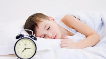 Ritorno a scuola: 4 utili consigli per recuperare i ritmi del sonno
